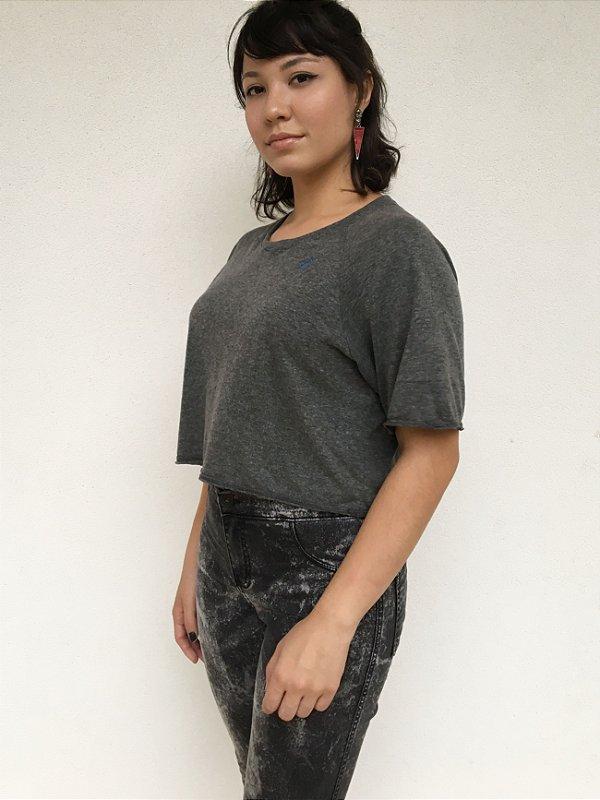 T-shirt Cropped Feminina Cinza Mescla