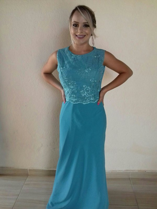 Vestido de festa cor azul tiffany