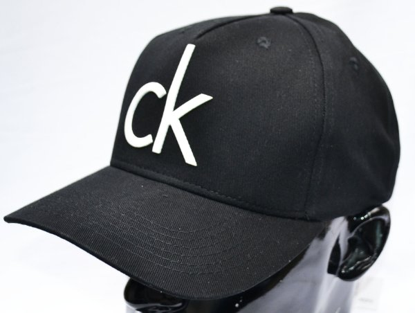 Boné Calvin Klein Básico - Black/White