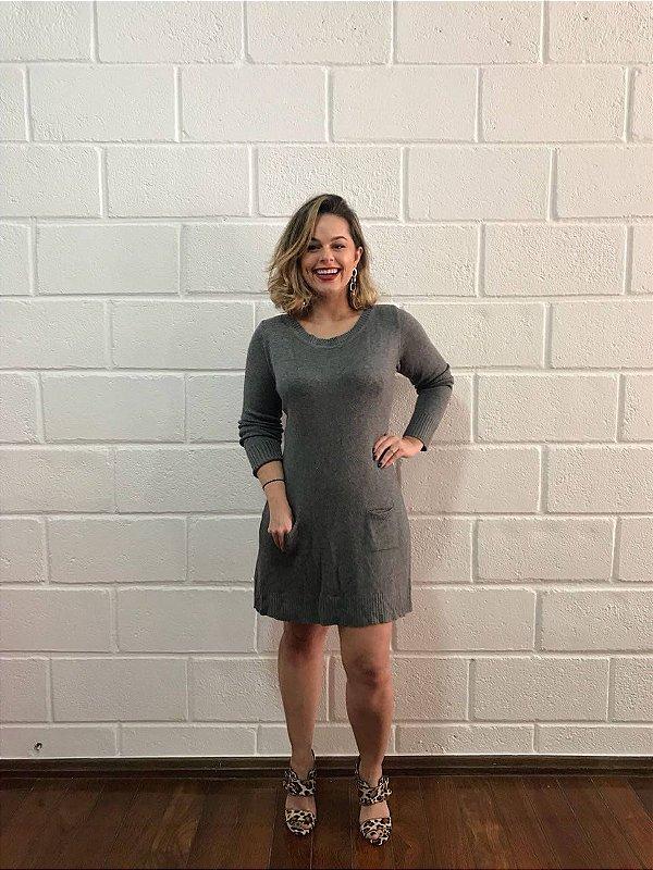 Vestido tricô cinza com capuz opcional (P)