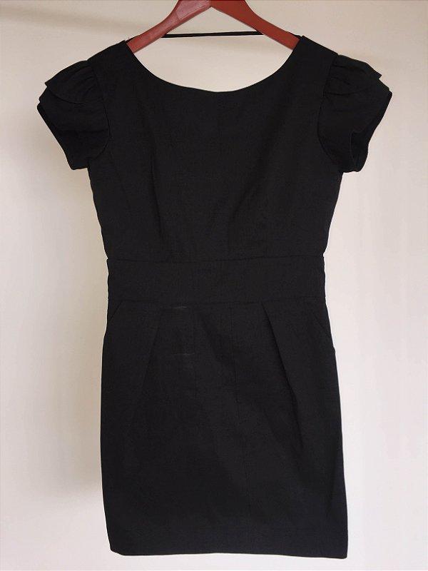 Vestido preto shantung (M)