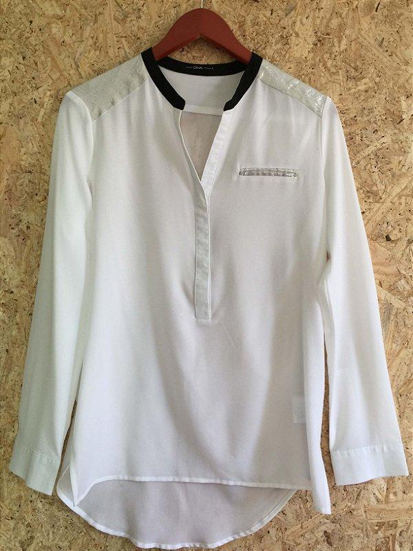 Camisa branca e prata (P) - Canal