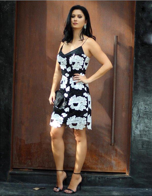 Vestido preto alça (40) - Regina Salomão