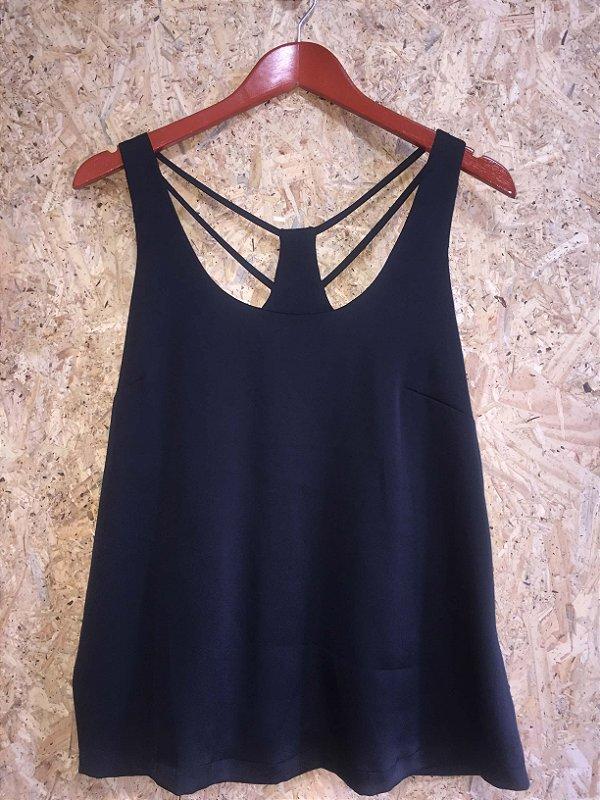 Camiseta preta nadador tiras (M) - Luigi Bertolli