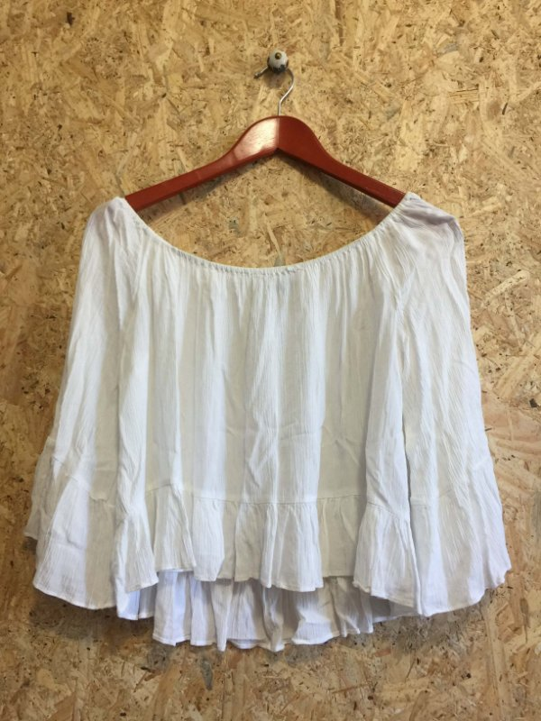 Bata ombro a ombro off white (M) - Zara