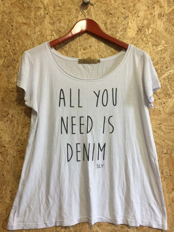 Camiseta branca (42) - Sly Denim