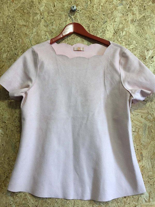 Conjunto suede blusa e calça flare rosa (42) - Lafê