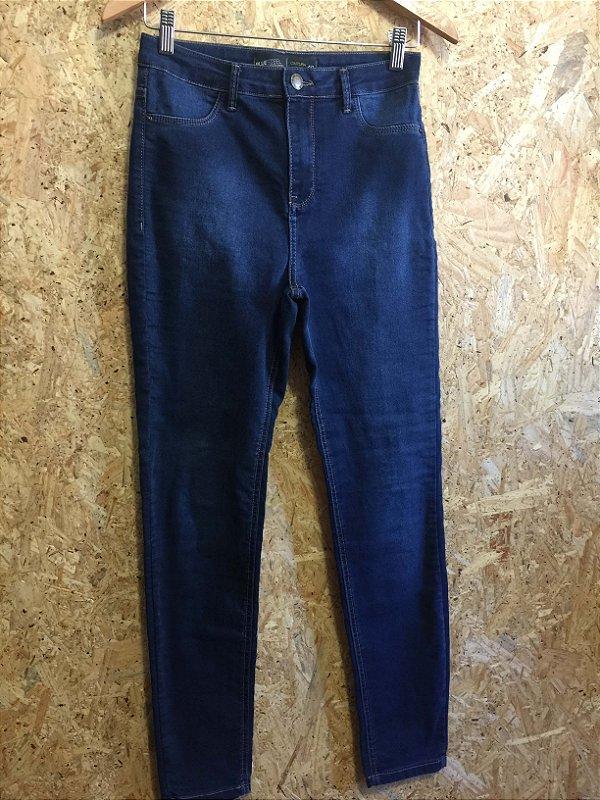 Calça jeans cintura alta (40)