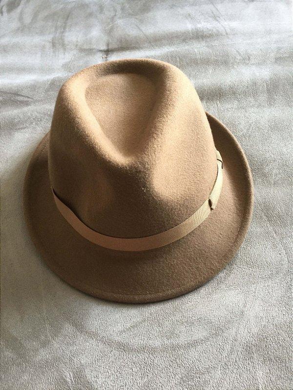 Chapéu marrom