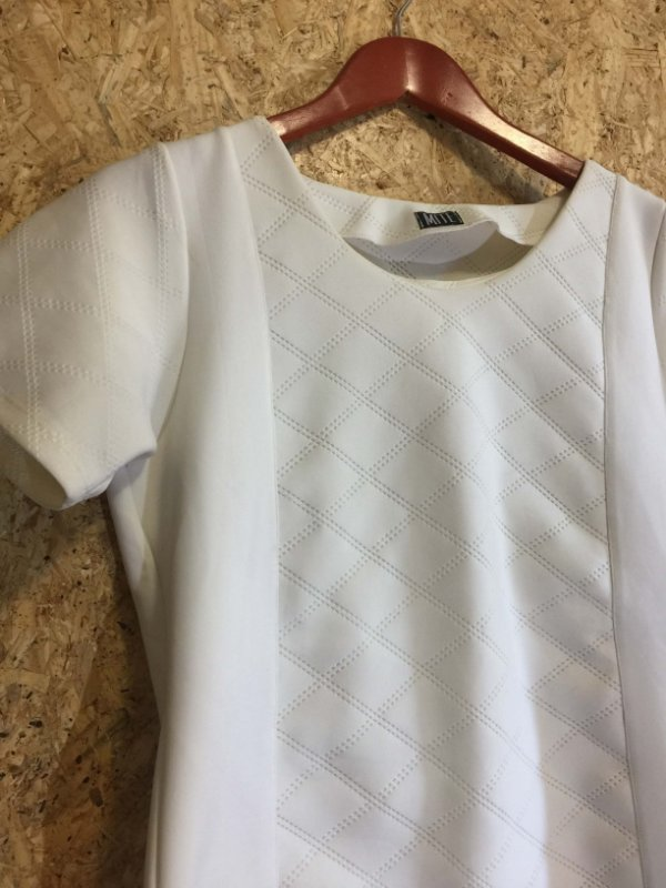 Conjunto off white (G)