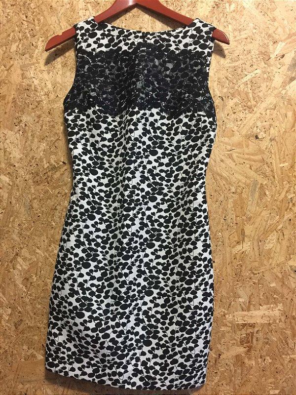 Vestido P&B detalhe renda (38) - Aha
