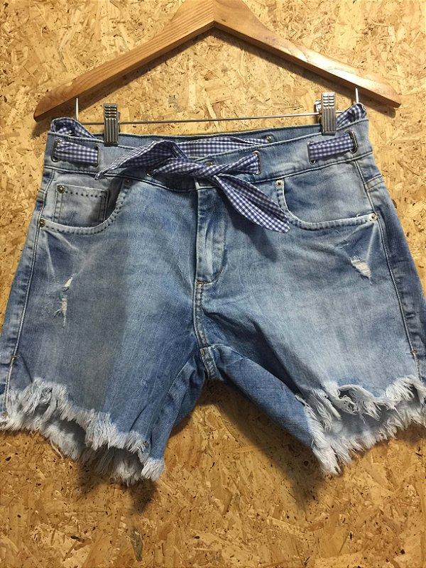 Short jeans cinto xadrex (38) - Damyller
