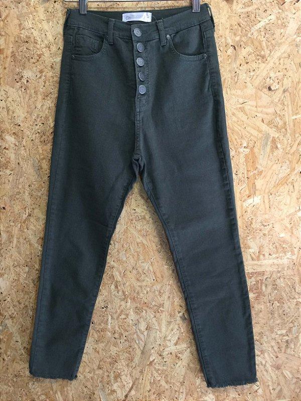 Calça verde militar (38) - Les Cloches NOVA