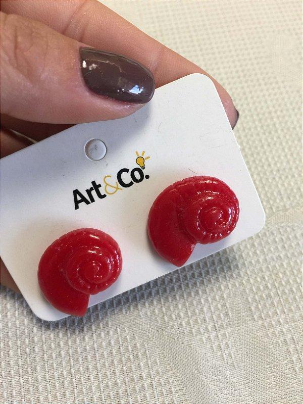 Brinco resina concha vermelho - Artco NOVO