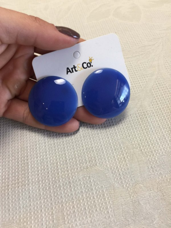 Brinco redondo resina azul - Artco NOVO