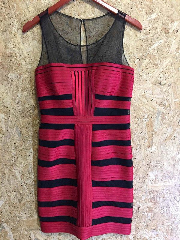 Vestido vermelho e preto (P) - Mestre kim