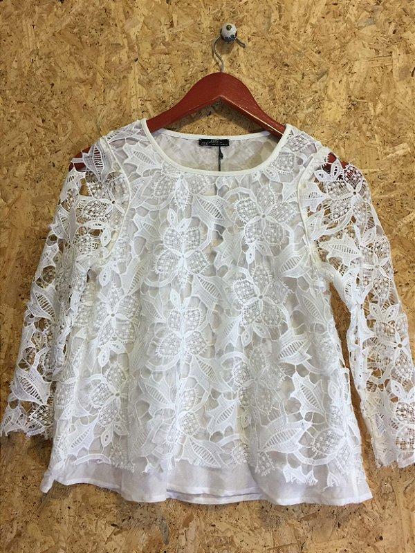 Blusa offwhite renda (M) - Zara NOVA
