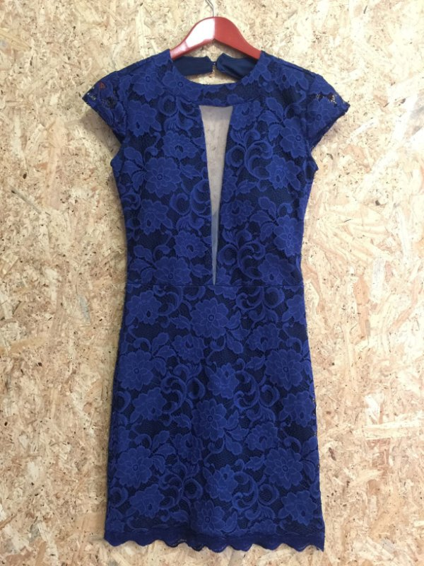 Vestido renda azul (G) - F.A.N