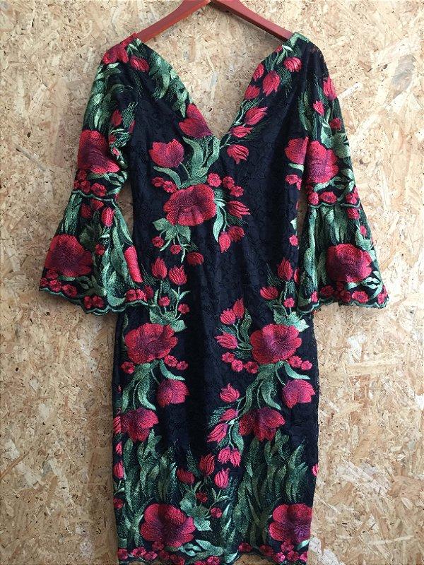 Vestido renda flores vermelhas (P) - Lafê NOVO