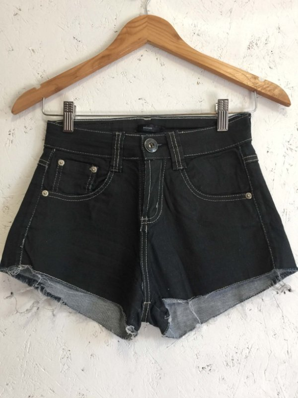 Short jeans (34)