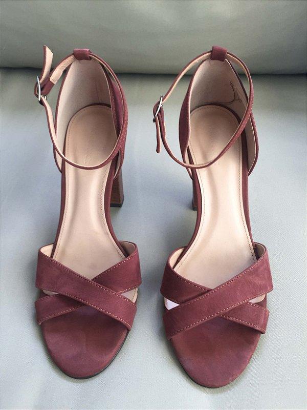 Sandália nobuck (37) - Shoestock