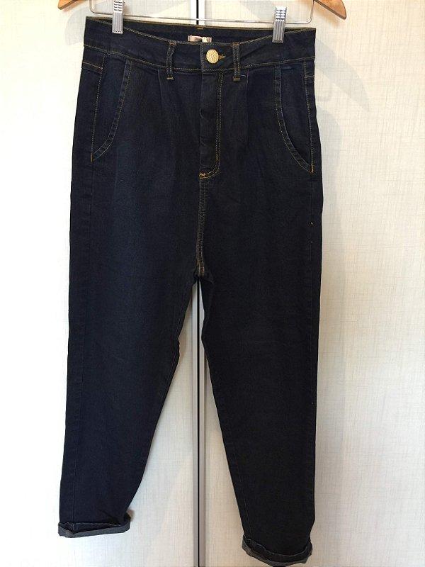 Calça jeans escura (42) - Quintess NOVA