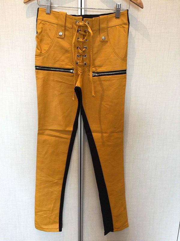 Calça Amarela couro fake (M) - Bardôh