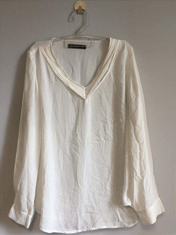 Blusa off white (46) - Cortelle