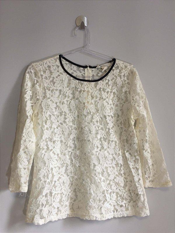 Blusa renda off white (M) - Forever 21