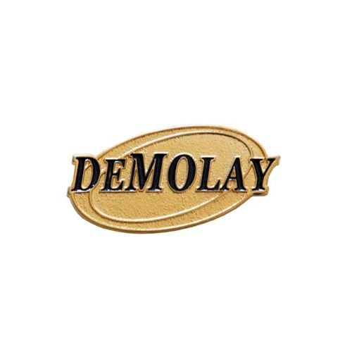 BT-072 - Demolay Oval Dourado