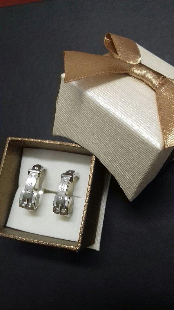 Alianças de prata com teor 950 k.