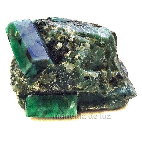 Pedra de Esmeralda Bruta 440g