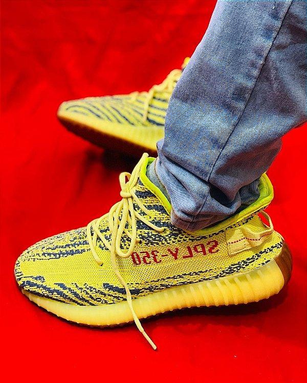 Tênis Adidas Yeezy Boost 350 v2 Verde Limão