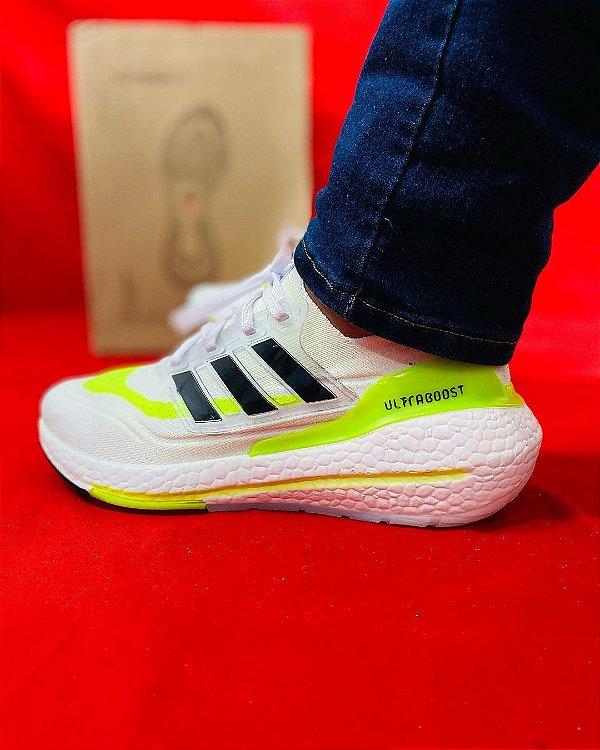 Tênis Adidas Ultraboost Branco e Verde Frete Grátis