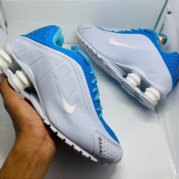 Ténis Nike Shox R4 Branco Com Detalhe Azul Com Frete Grátis