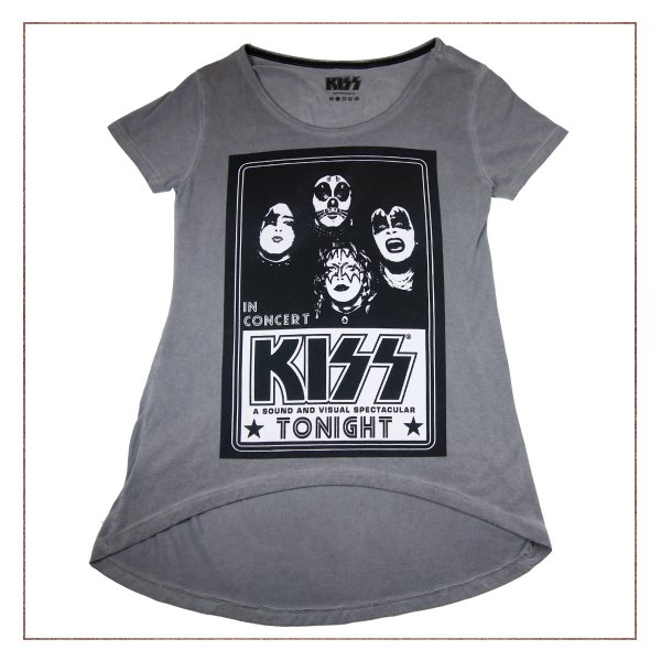 Blusa Kiss in concert