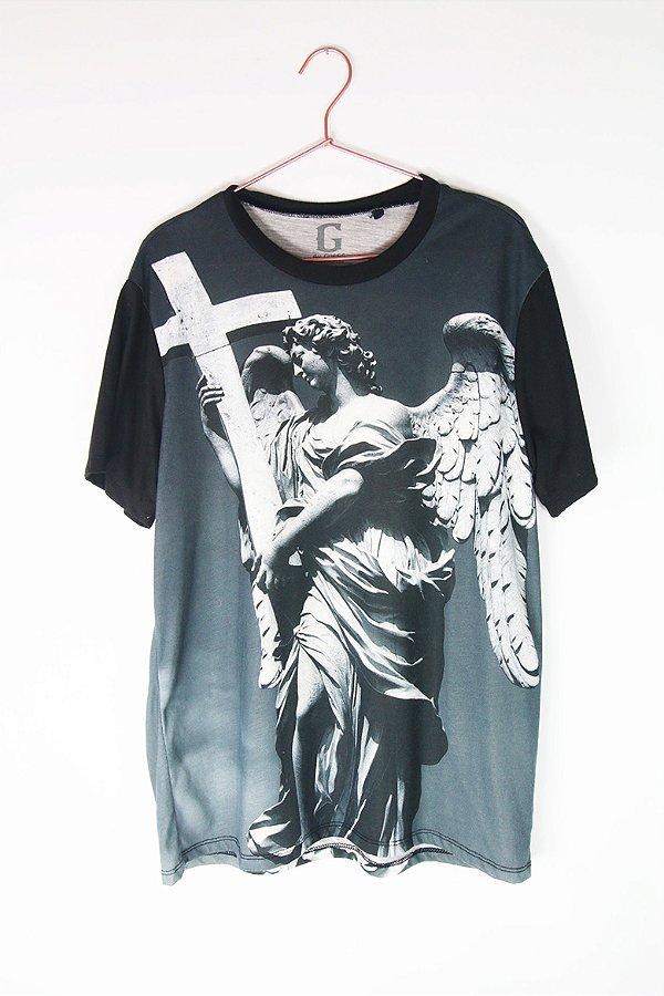 Camiseta Guess Escultura