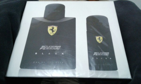 Kit Perfume Ferrari Black EDT 125ml + Perfume 30ml