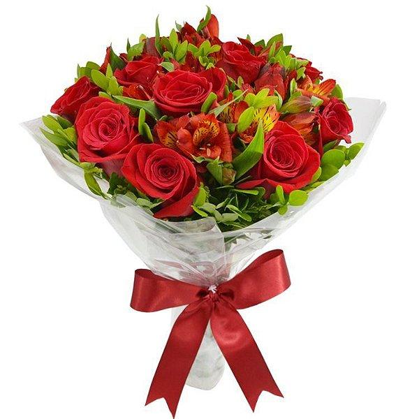 Buquê Tradicional de 12 Rosas Vermelhas e  6 Astromélias