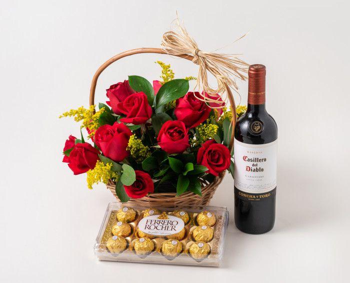 Cesta com 15 Rosas Vermelhas, Chocolate e Vinho Tinto