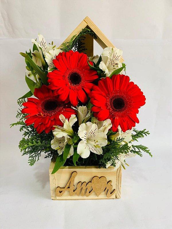 Delicado Arranjo de Gerberas no Floral