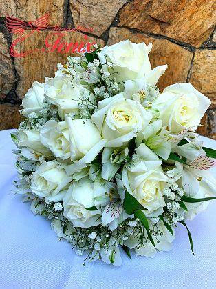 Buquê de Noiva de Rosas com Astromelias Brancas