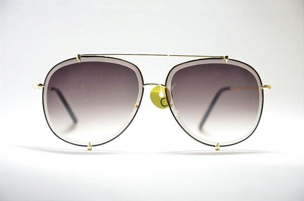 2bfb1911e37dd Óculos de sol feminino dourado redondo grande metal lente espelhada preta e  proteção UV400 moda feminina