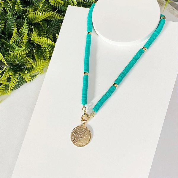 Colar Fimos Medalha Pai nosso verde com dourado