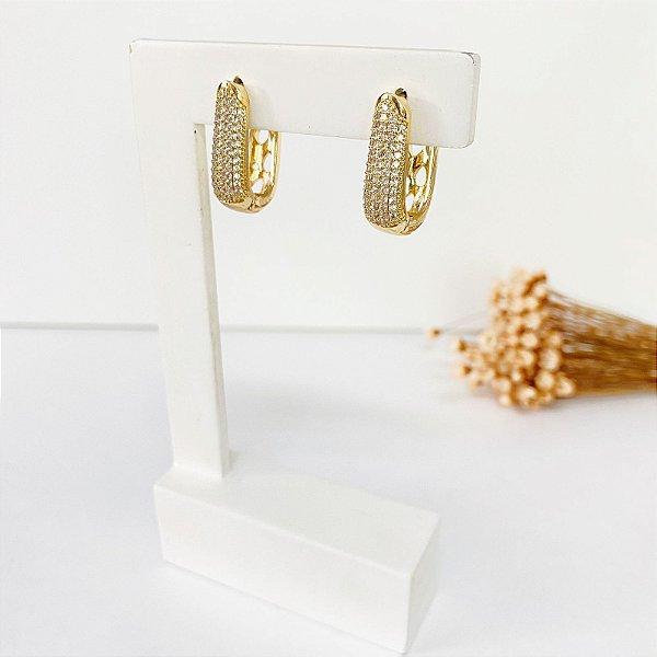 Brinco meia argola cravejada microzircônias cristal dourado