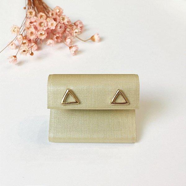 Brinco Triângulo Dourado