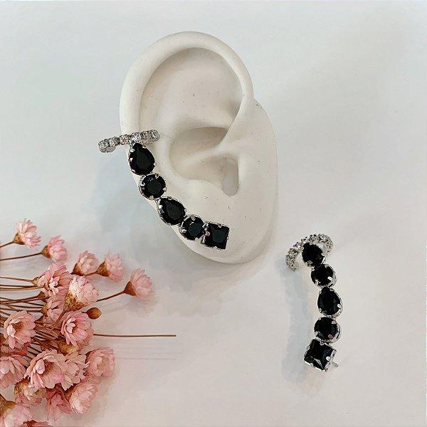 ear cuff com piercing fake preto prata