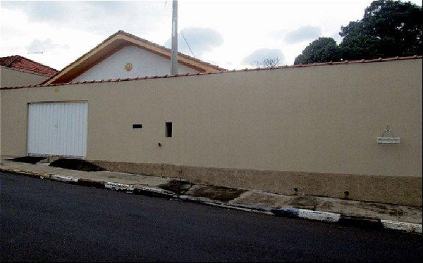Vende-se casa no centro de São Pedro - SP | R$ 400.000,00