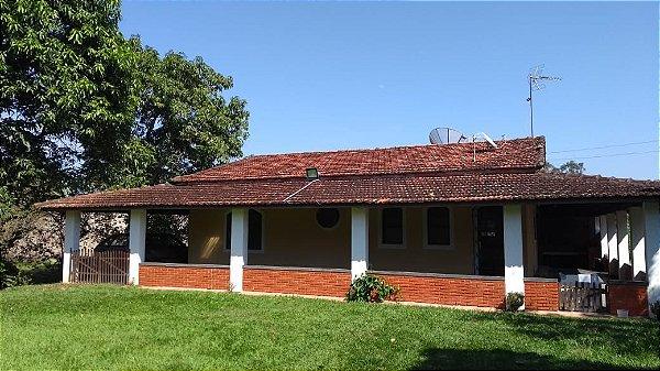 Chácara na Floresta Escura (Estância Prainha) em São Pedro - SP | R$ 430.000,00