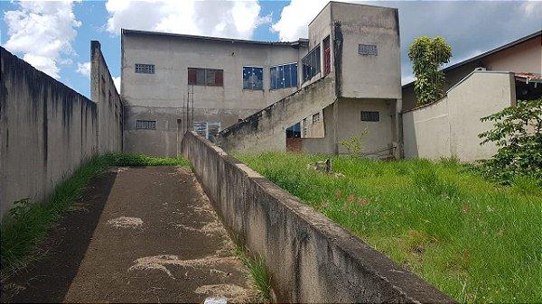 Vende-se casa semi-pronta no Jardim São Pedro |R$ 390.000,00